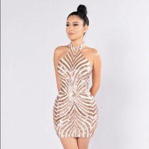 Fashion nova - Diva Vibes Dress-Blush